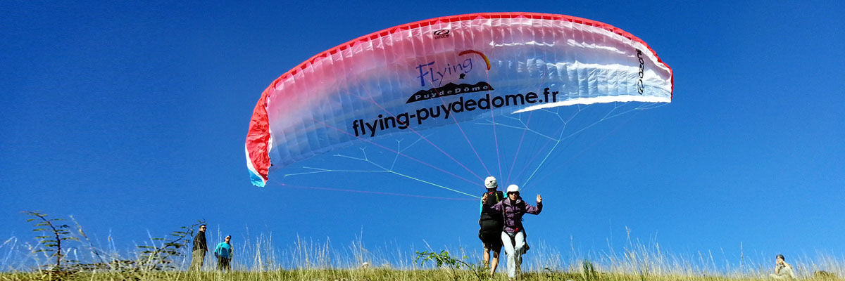 Puy De Dome Decollage Parapente Biplace
